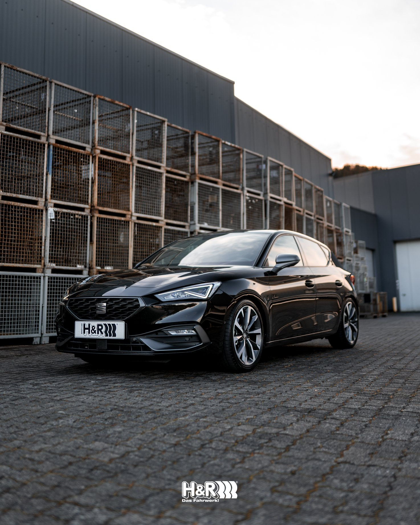 H&R lowering springs for Seat Leon